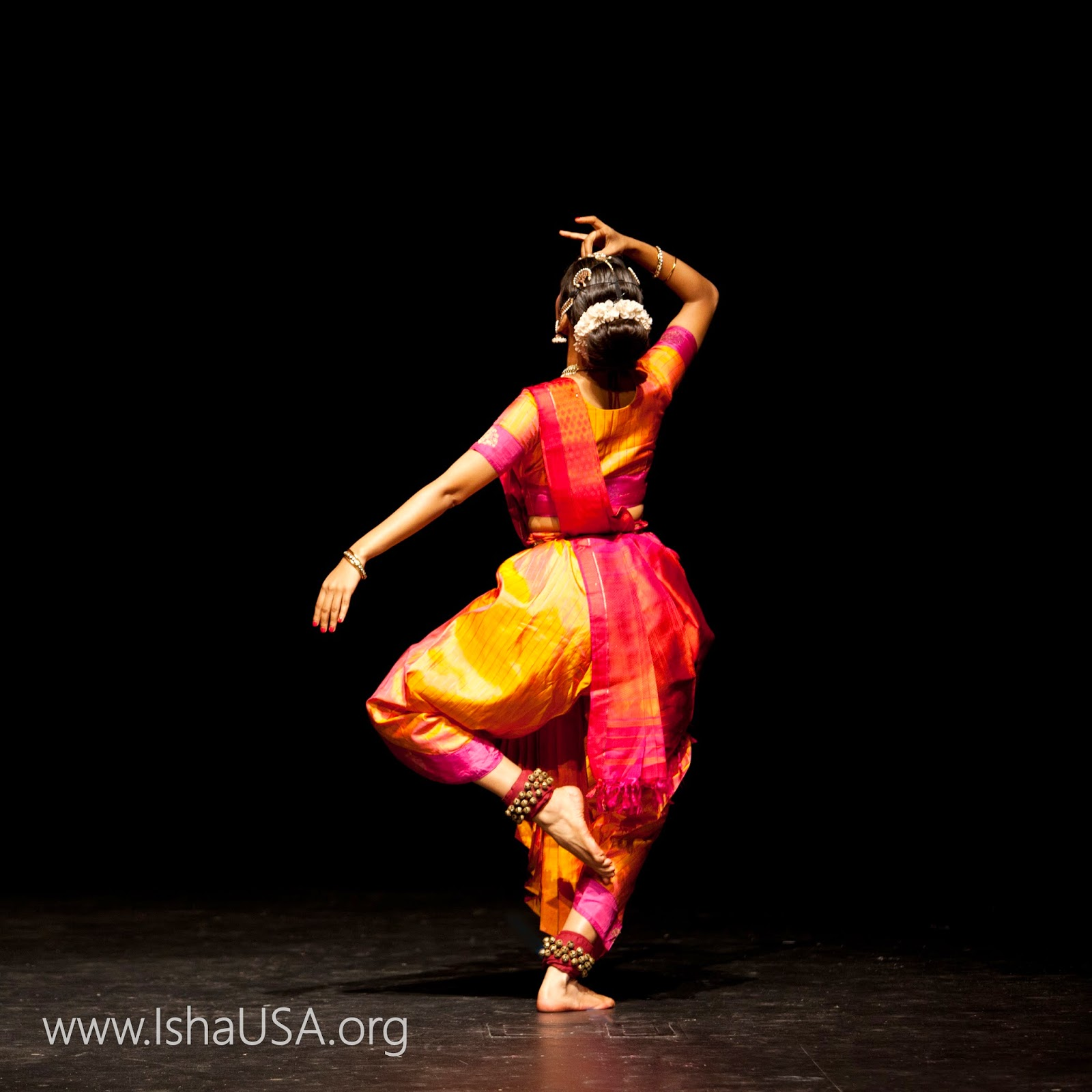 Radhe Jaggi, an emerging Bharatnatyam soloist from India. Radhe has been invited to perform at leading sabhas and events in India and abroad, including the Fitzwilliam College, Cambridge University,