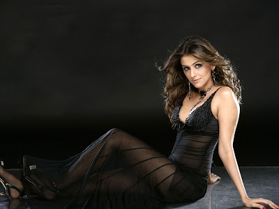 Aarti Chhabria Hot HD Wallpapers