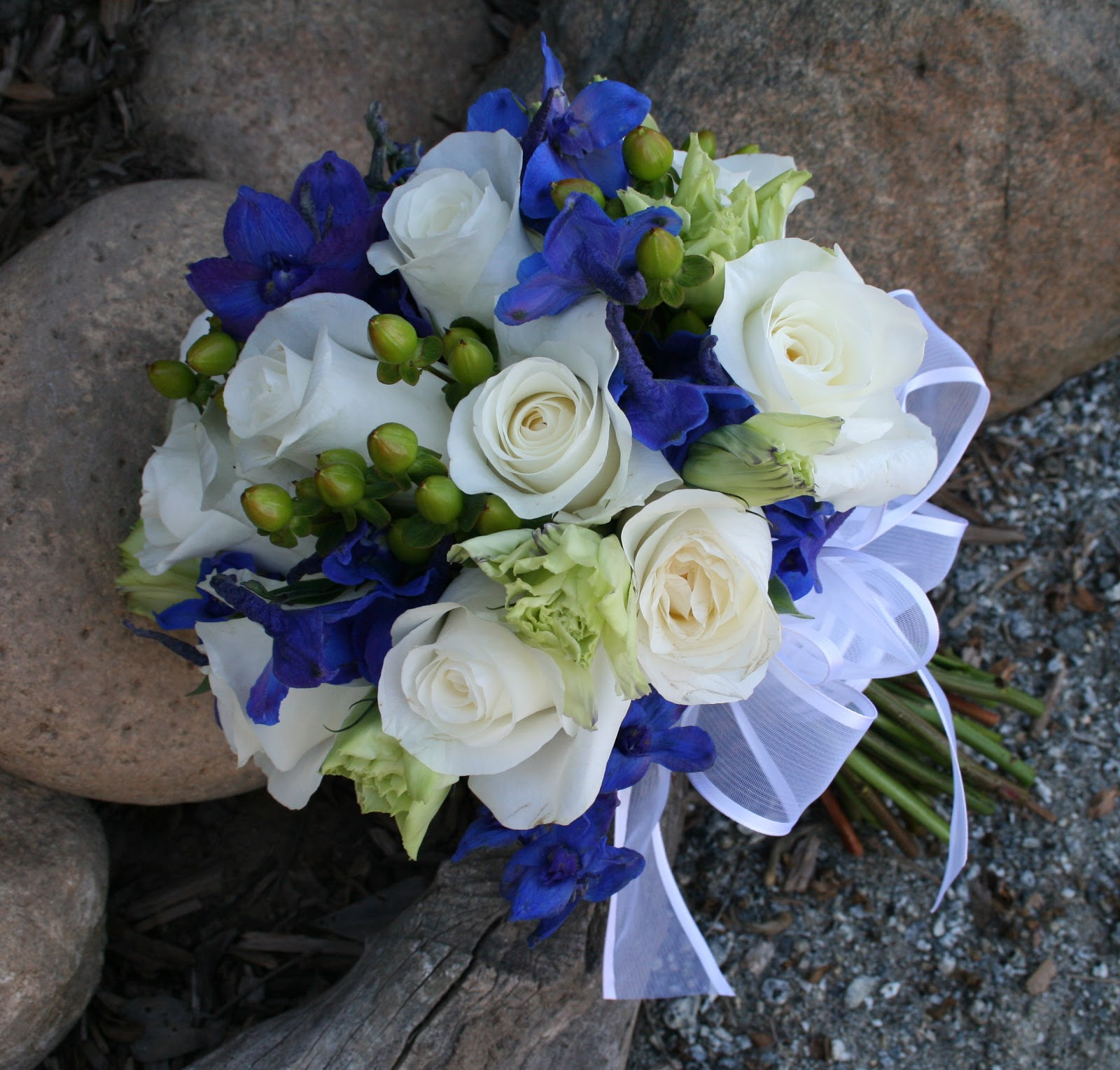Navy Blue And White Wedding Bouquets : Brown bunny flowers september  courtney and
