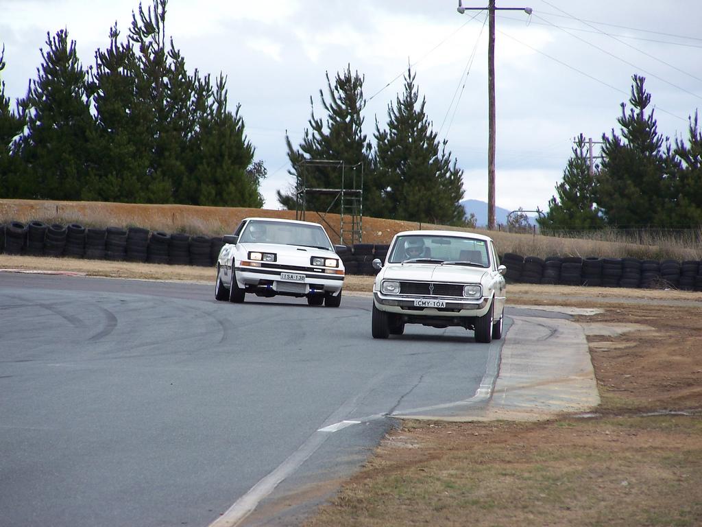 Mazda Cosmo HB, wyścigi, sport, otwierane reflektory, kultowy, zdjęcia