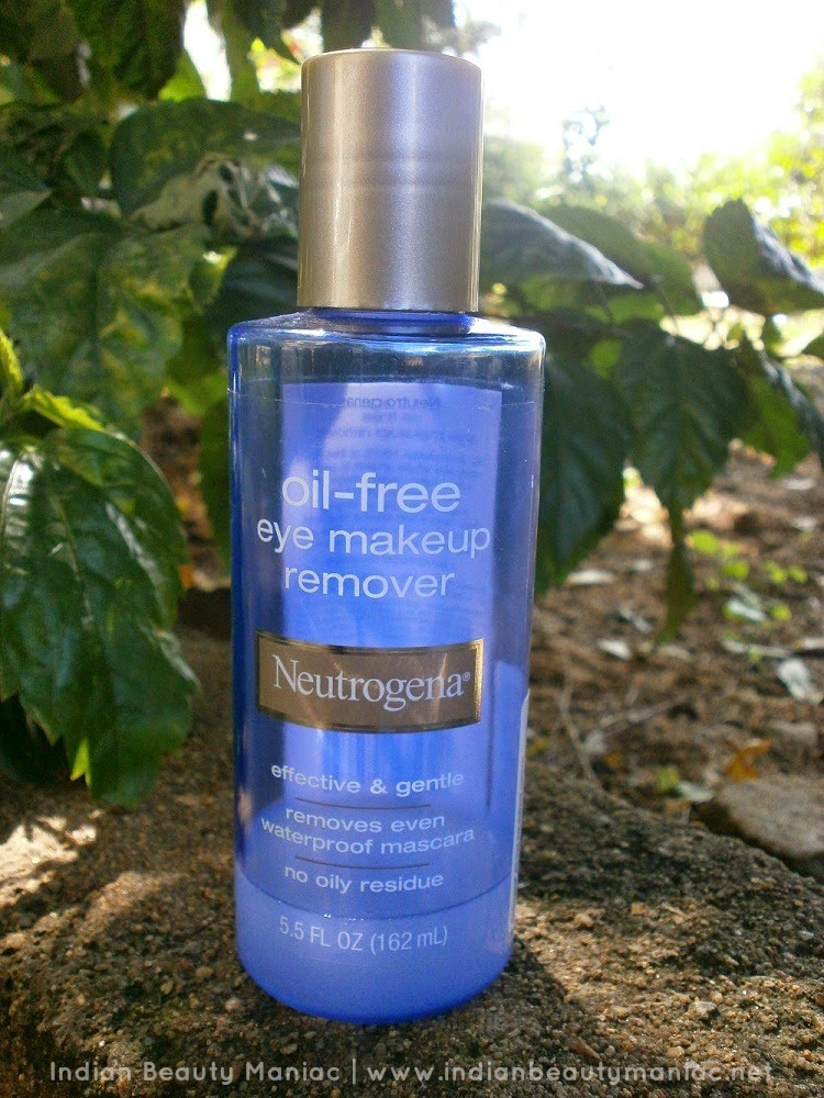 Neutrogena, Eye Makeup Remover, Waterproof Makeup Remover, Indian beauty Blogger, Indian Makeup Blogger, Makeup removers in India, Neutrogena in India, Review, Demo