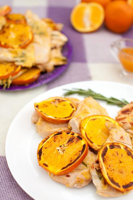 Куриная грудинка на мангале с апельсинами