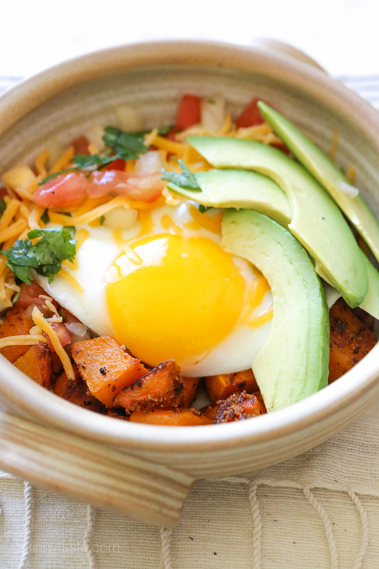 Breakfast Burrito Bowl with Spiced Butternut Squash –a healthy Mexican-inspired breakfast bowl!