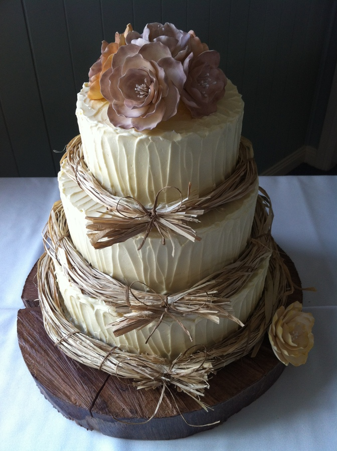Country inspired wedding cakes