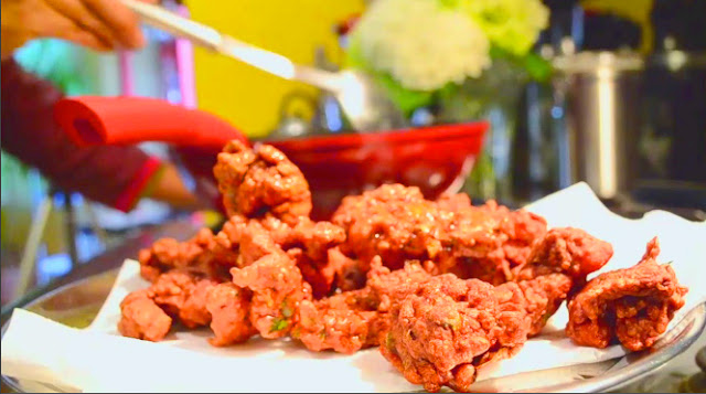 http://k--ravings.blogspot.ca/2013/08/shrimp-pakoras-indian-chinese.html