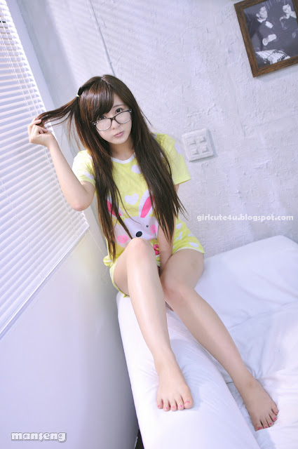 5 Ryu Ji Hye again - Cutie meet Glasses-very cute asian girl-girlcute4u.blogspot.com