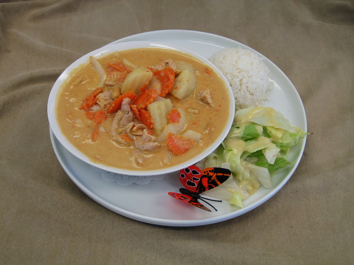 Massaman Curry dish from 123 Thai in Oak Harbor, Washington