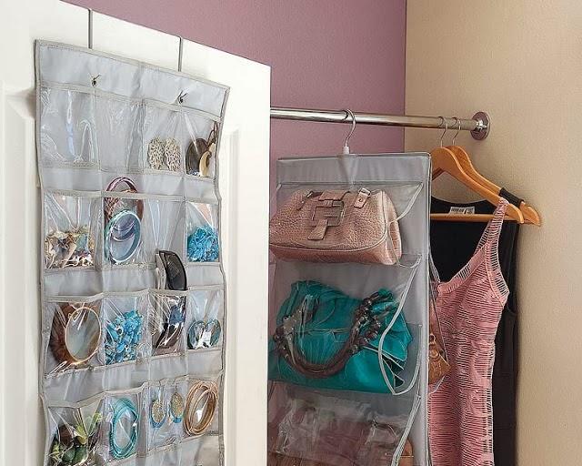 Neo arquitecturaymas ideas para organizar tus bolsos en el armario perchas originales - Ideas para organizar el armario ...