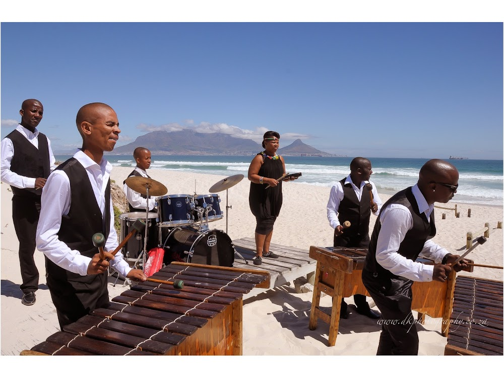 DK Photography LASTBLOG-026 Stefanie & Kut's Wedding on Dolphin Beach, Blouberg  Cape Town Wedding photographer