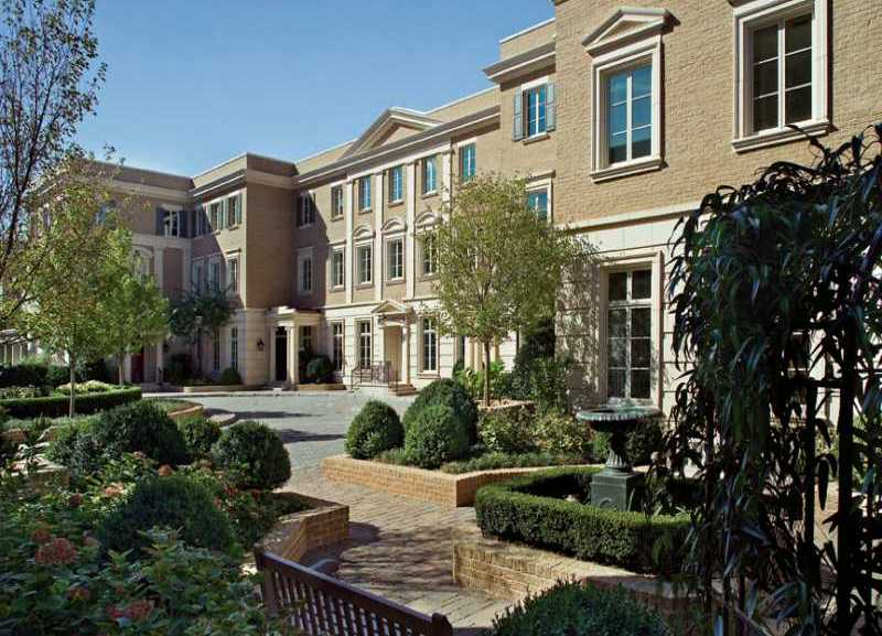Luxury townhomes atlanta for Luxury townhomes for sale