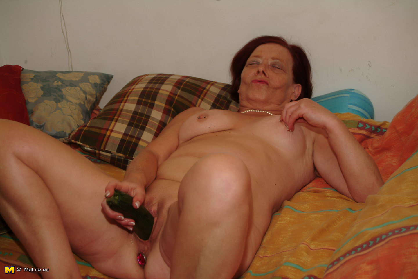 Old granny masturbate and licking young sexy