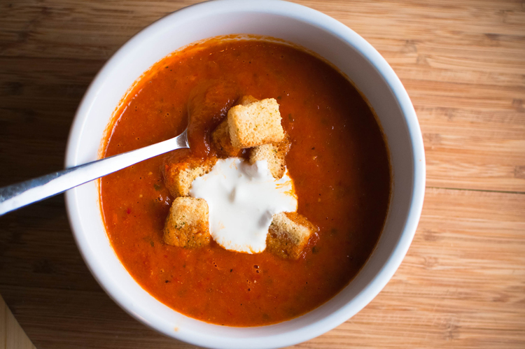 ... Likes It, So It MUST Be Good.: Tomato & Roasted Red Bell Pepper Soup