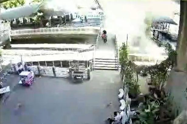 Lại thêm một vụ ném bom nhằm vào du khách tại Bangkok