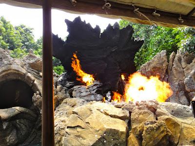 HK Disneyland Tarzan Treehouse Ride