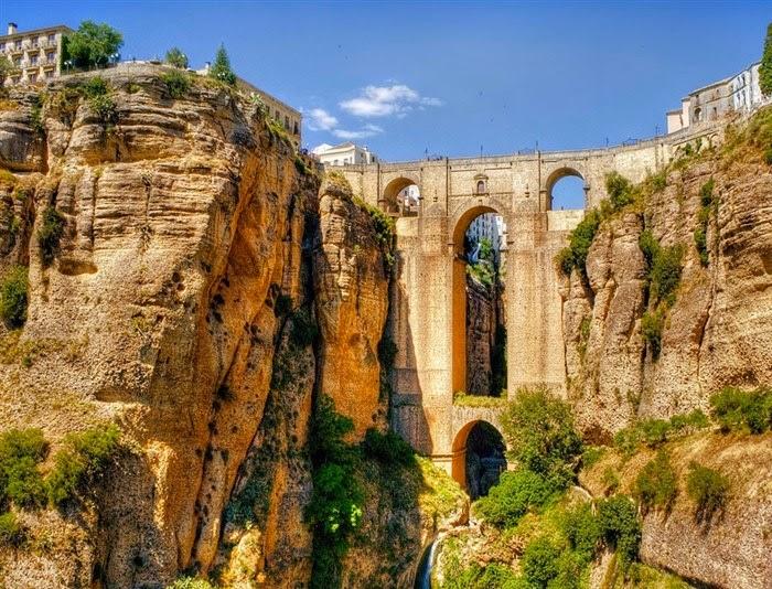 Ville Andalousie Grand Pont
