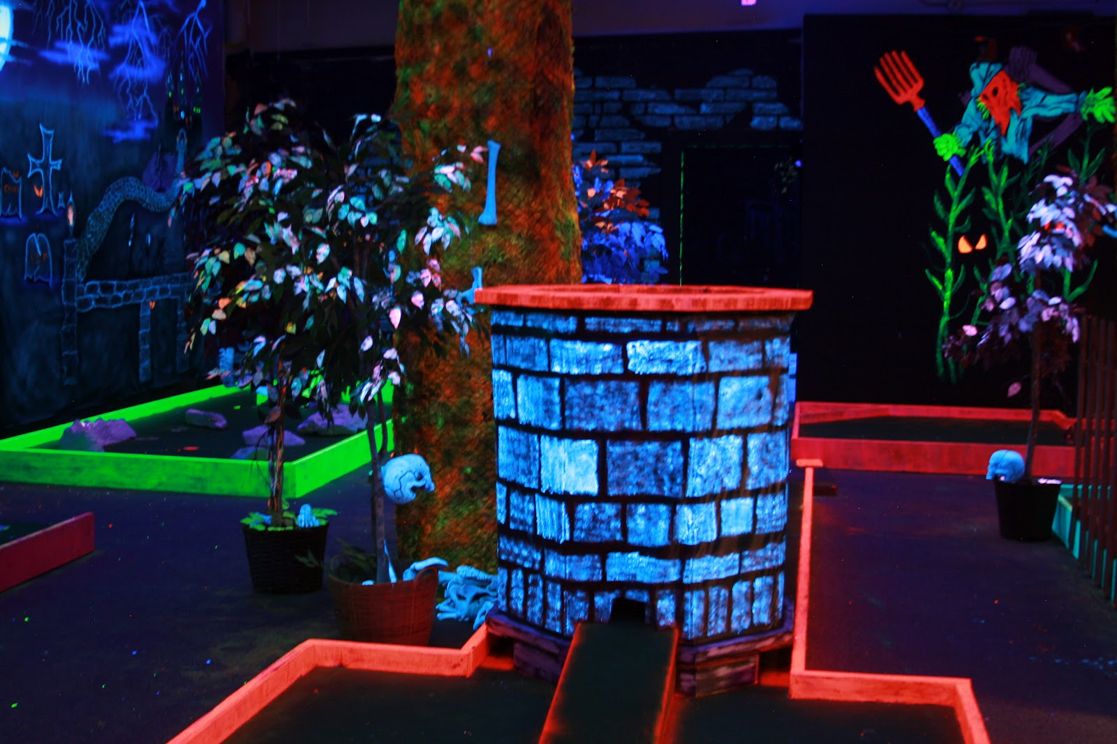 garage halloween party ideas - Enjoy Utah Haunted Mini Golf and Halloween Party