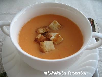 Sütlü Kırmızı Biberli Patates Çorbası