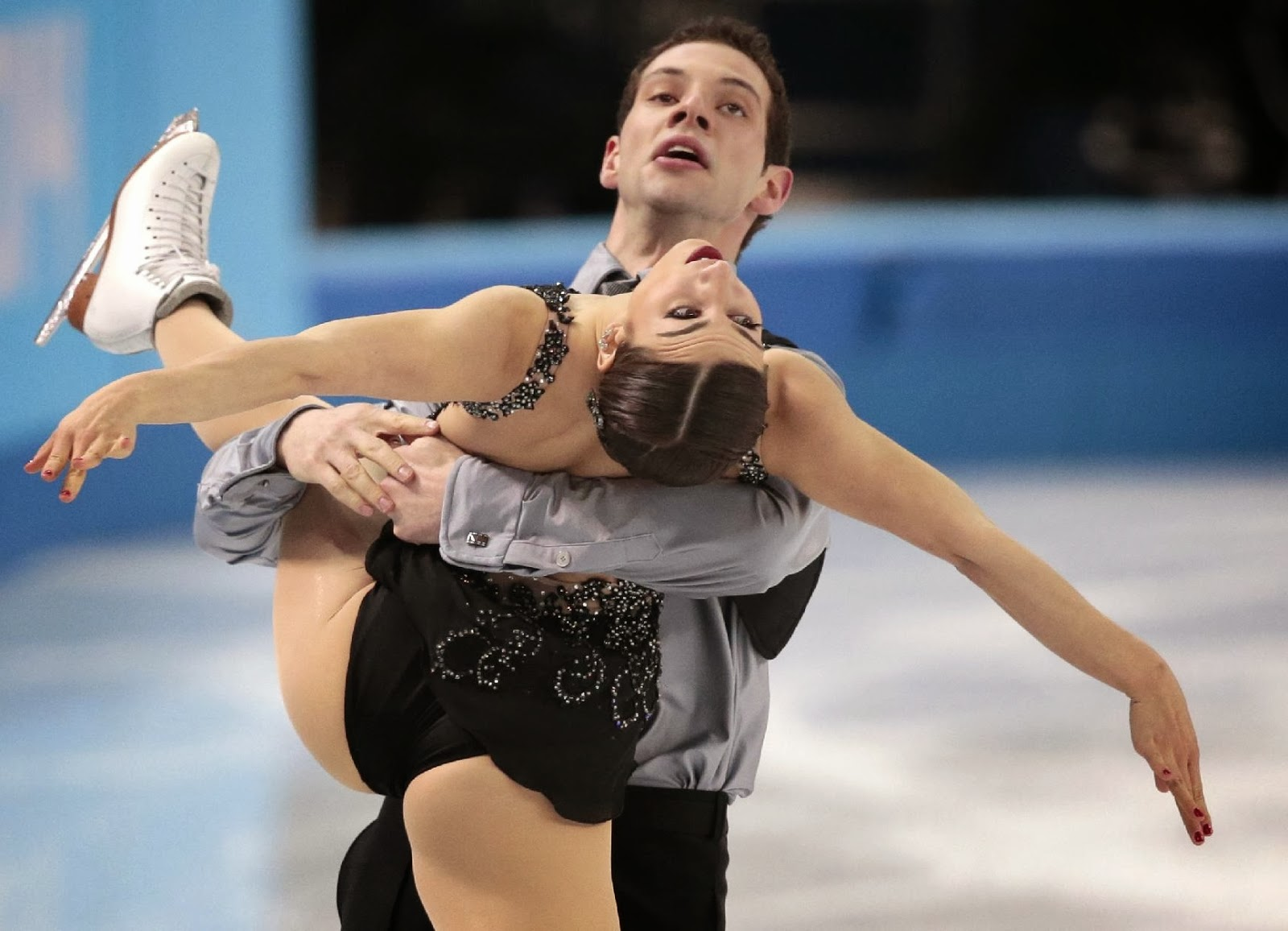 Marissa Castelli and Simon Shnapir, James Bond, Olympics 2014