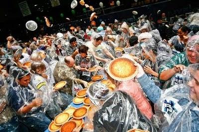 Great Race Cake Fight