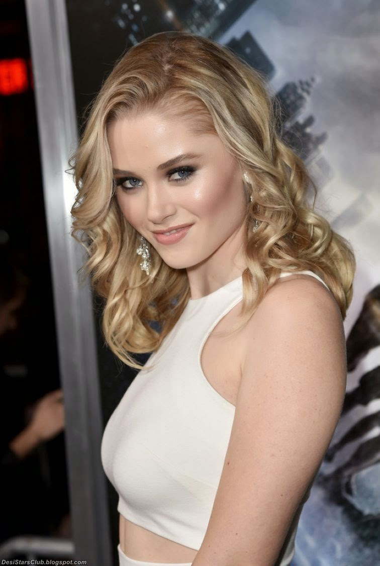 Virginia Gardner Photos in White at Project Almanac Premiere