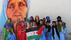 Con el hermano pueblo saharaui