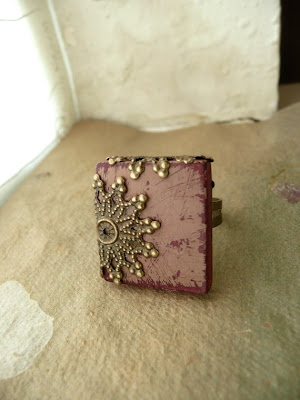 Shabby Chic Scrabble Tile ring