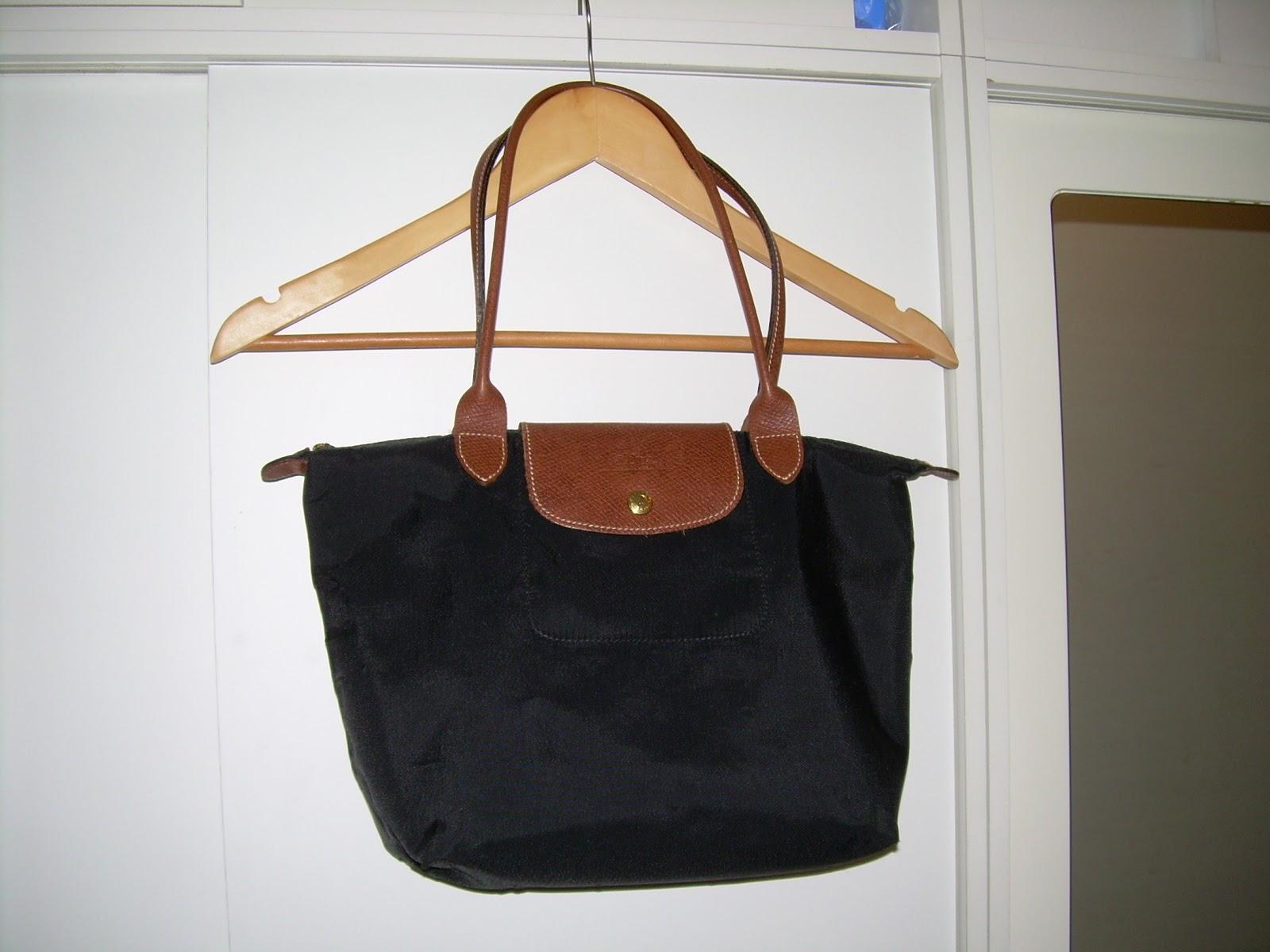 Longchamp Roseau Laukku Hinta : Toisen k?den laukku musta le pliage longchamp myyty