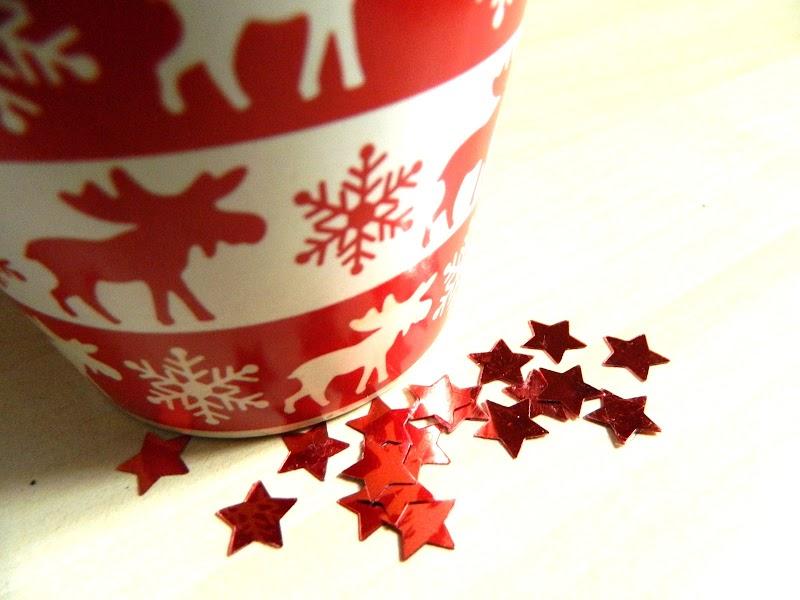 KEEP CALM AND LETS CHRISTMAS