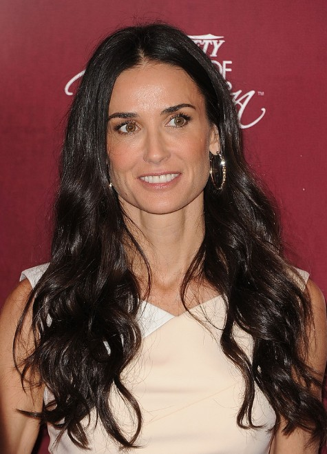 Demi Moore Sleek Long Wavy Hairstyles