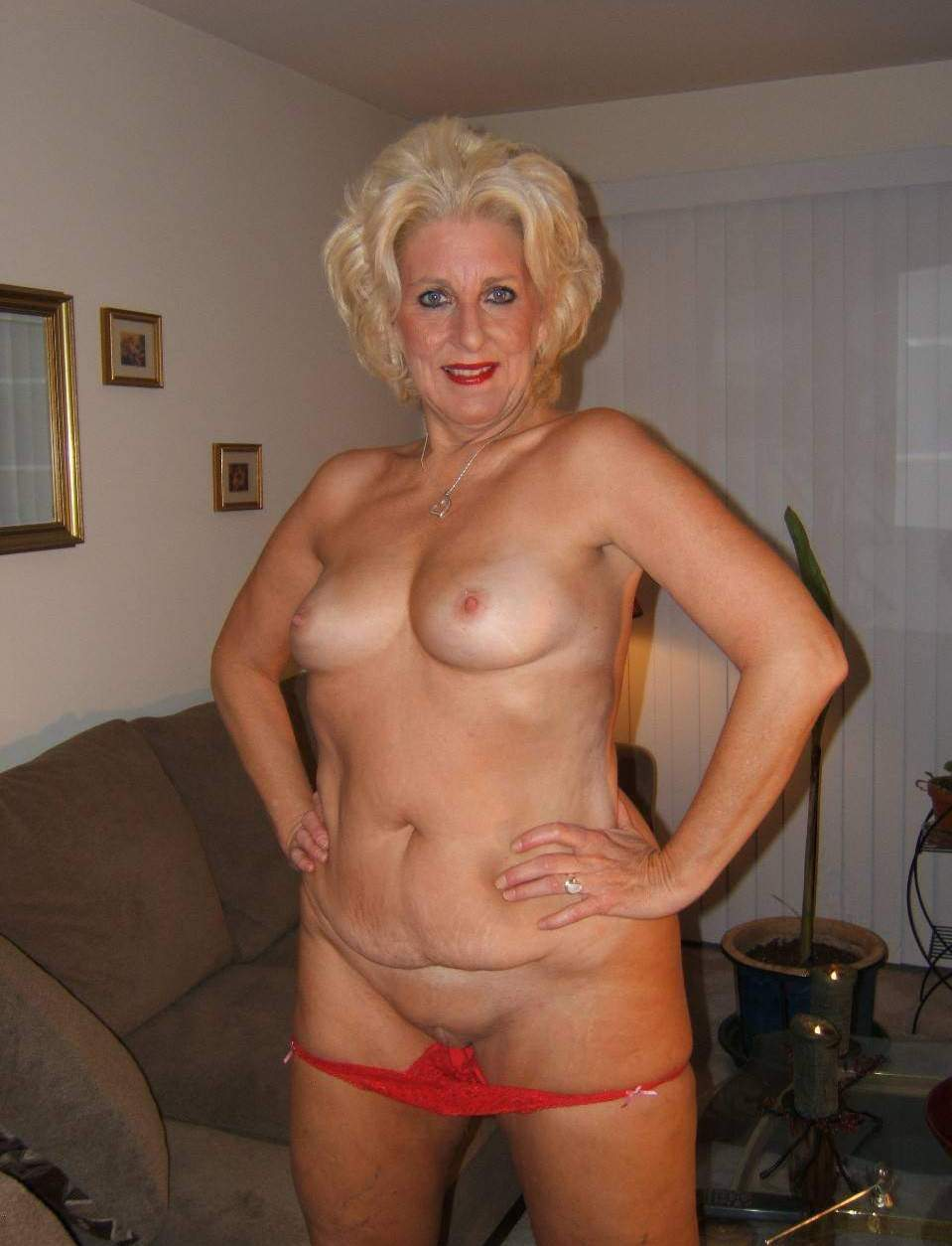 Mature big boobs gilf