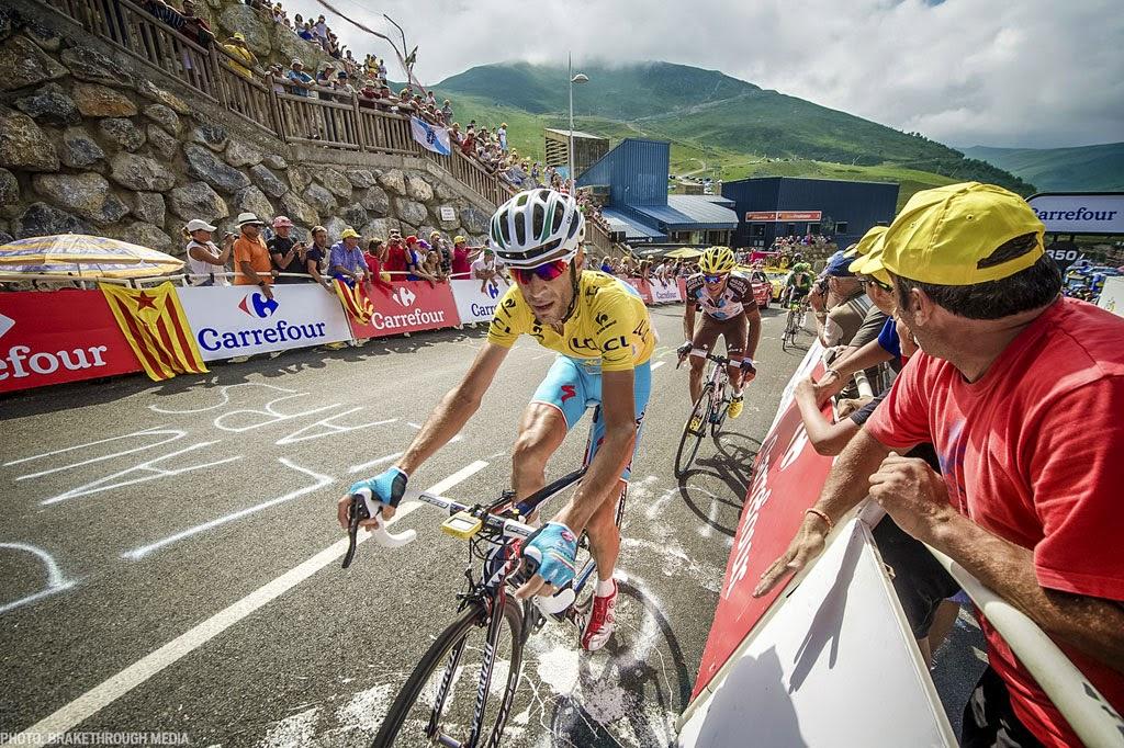 [photo]ツール°フランス18ステージの上りをプリヴェイルをかぶり走るニバリ