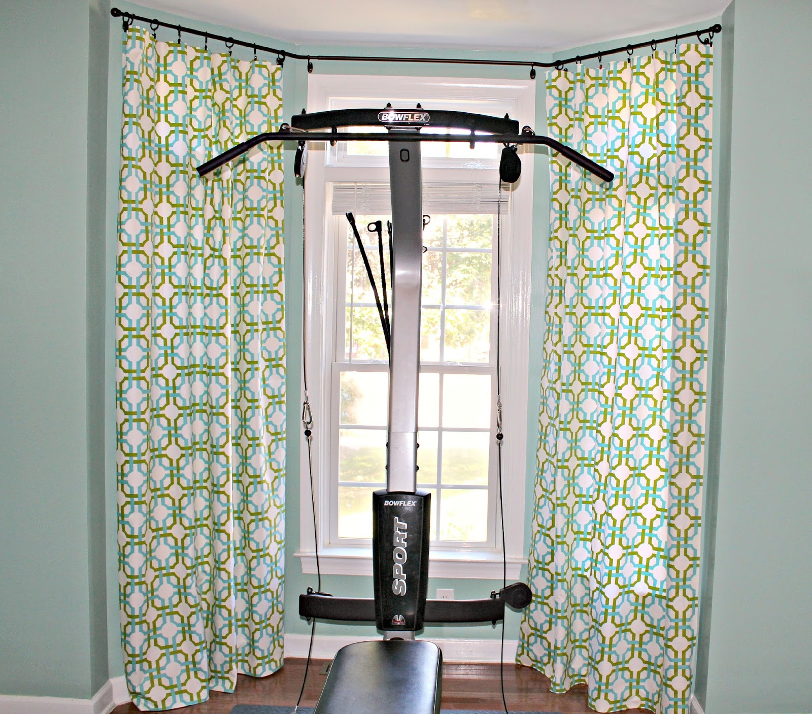 carolina on my mind home gym waverly groovy grille no sew curtains. Black Bedroom Furniture Sets. Home Design Ideas