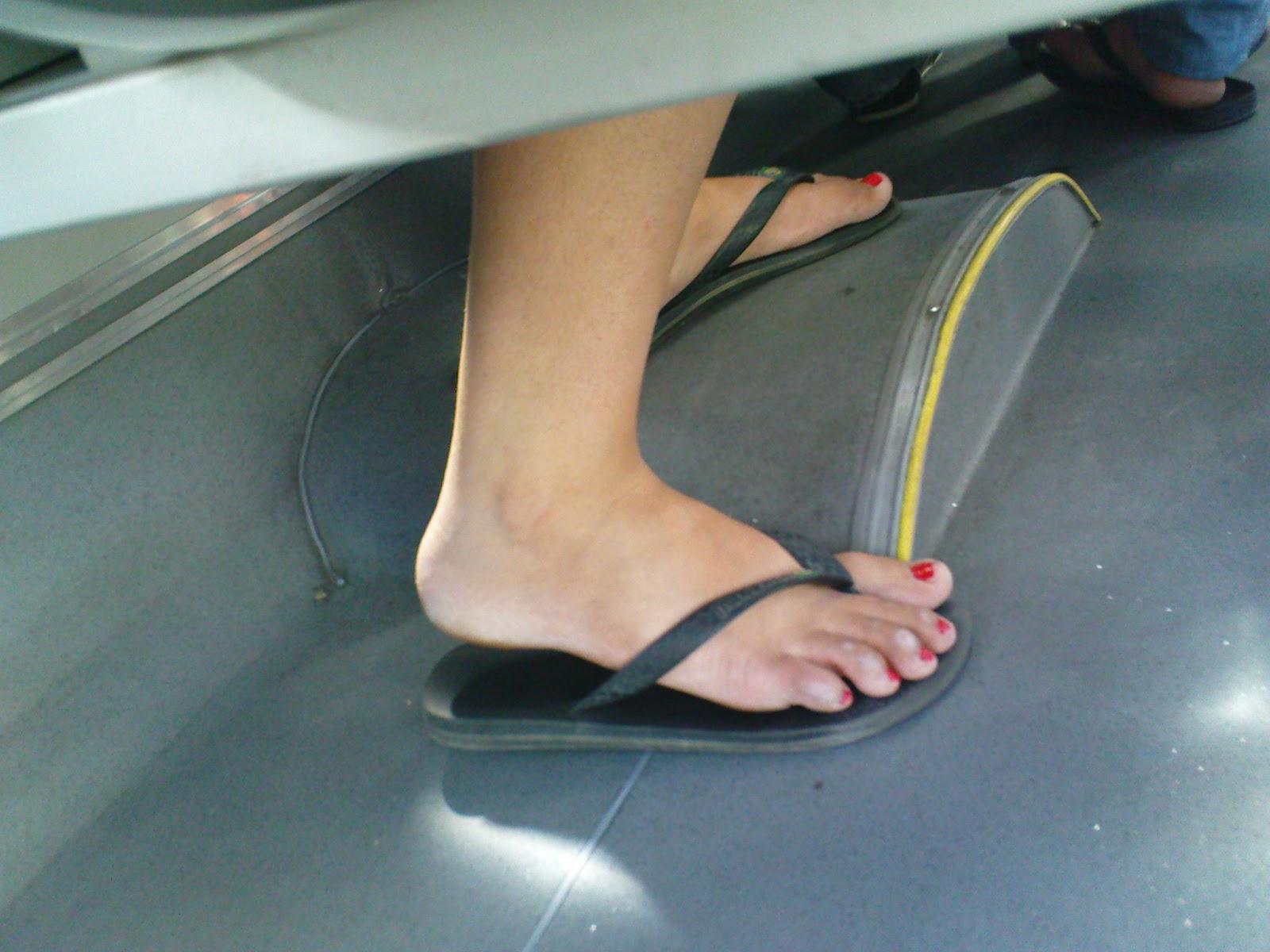 corny feet