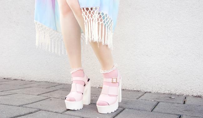 tassel kimono, pastel kimono, pink chunky sandals