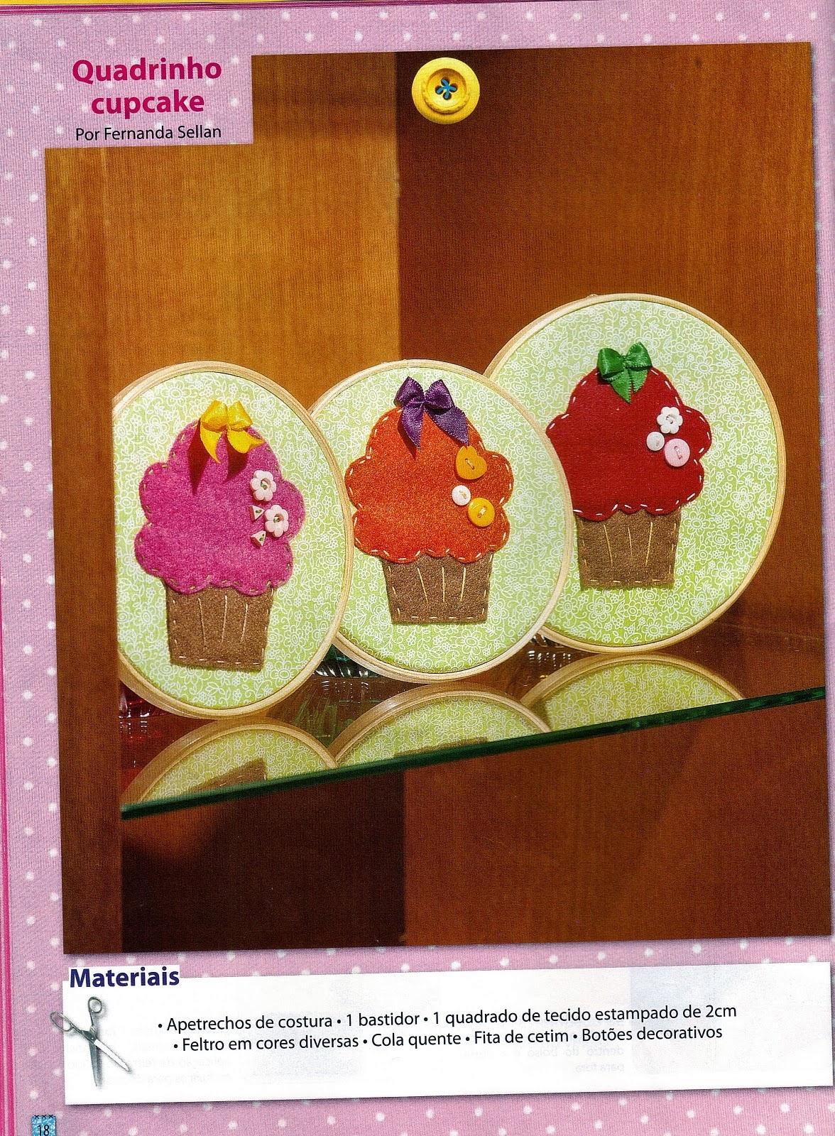 Cupcake de feltro para decorar quadrinhos