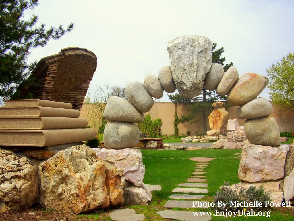 Enjoy utah gilgal sculpture garden for Landscaping rocks in salt lake city