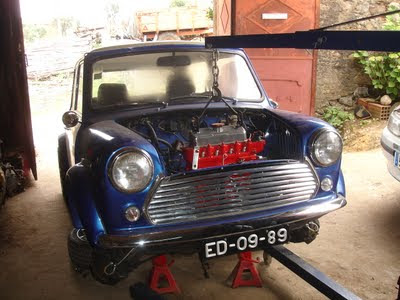 Classic car garage mini 1000 heart of gold for Garage mini 92