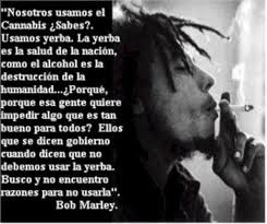 Bob Marley fumando weed !! Las dos cosas k mas kiero en este puto mundo!!