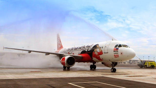 AirAsia Big New Livery & New Direction, AirAsia Big, AirAsia, AirAsia, airasia new direction, airplane