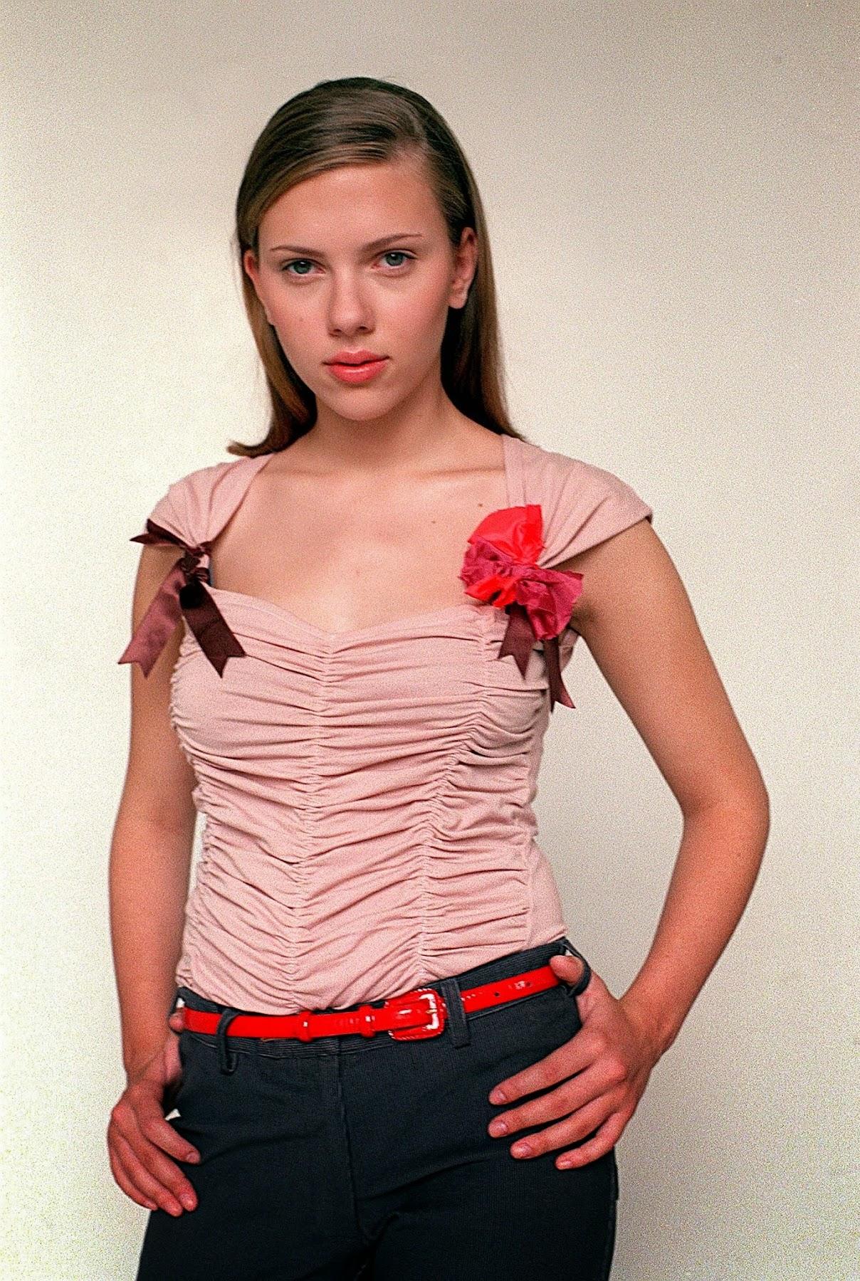 http://3.bp.blogspot.com/-2Vot-WoBePg/Un5fWAMbCwI/AAAAAAAAK-o/RLdl0a9i2vU/s1800/02086-scarlett-johansson-elizabeth-young-studio.jpg