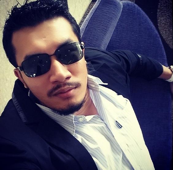 Biodata Penuh Ungku Ismail