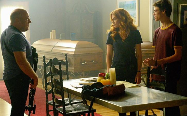 Under the Dome (TV Series 2013–2015) - IMDb