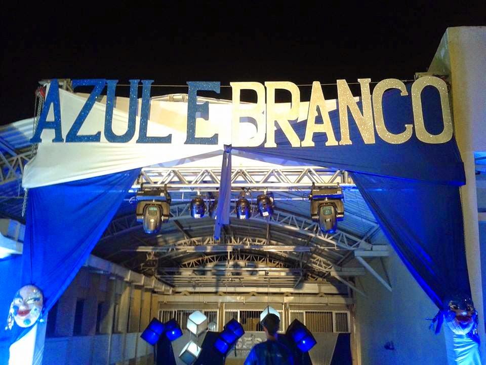 Baile Azul e Branco no Sesc Arcoverde