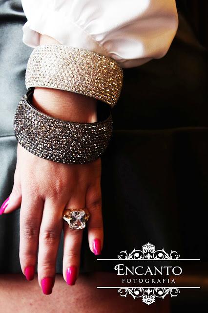 anel de pedras