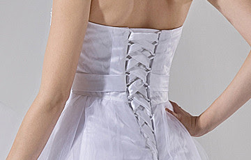 Blanc Broderie Halter robe de mariée Sash Mini-robe