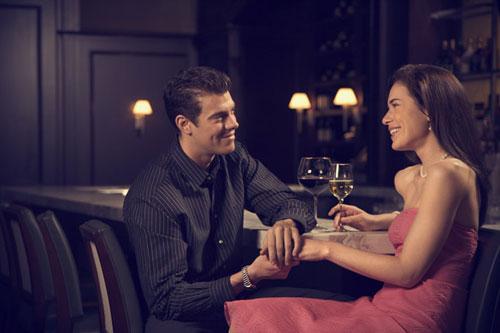 كيف تقضى عيد الحب مع حبيبك بطريقة رومانسية  - valentine's day - date