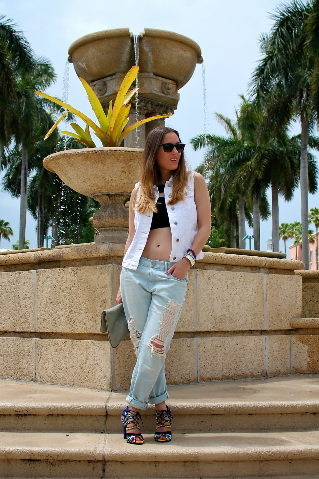 Gap, LF Stores, Zara, BCBGeneration, Nordstrom, Kate Spade, Ray-Ban, Miami fashion blogger, fashion blog, style blog, street style, classic, prep, distressed denim, denim vest, summer style,Gap Lincoln Road