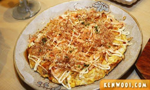 omelette okonomiyaki