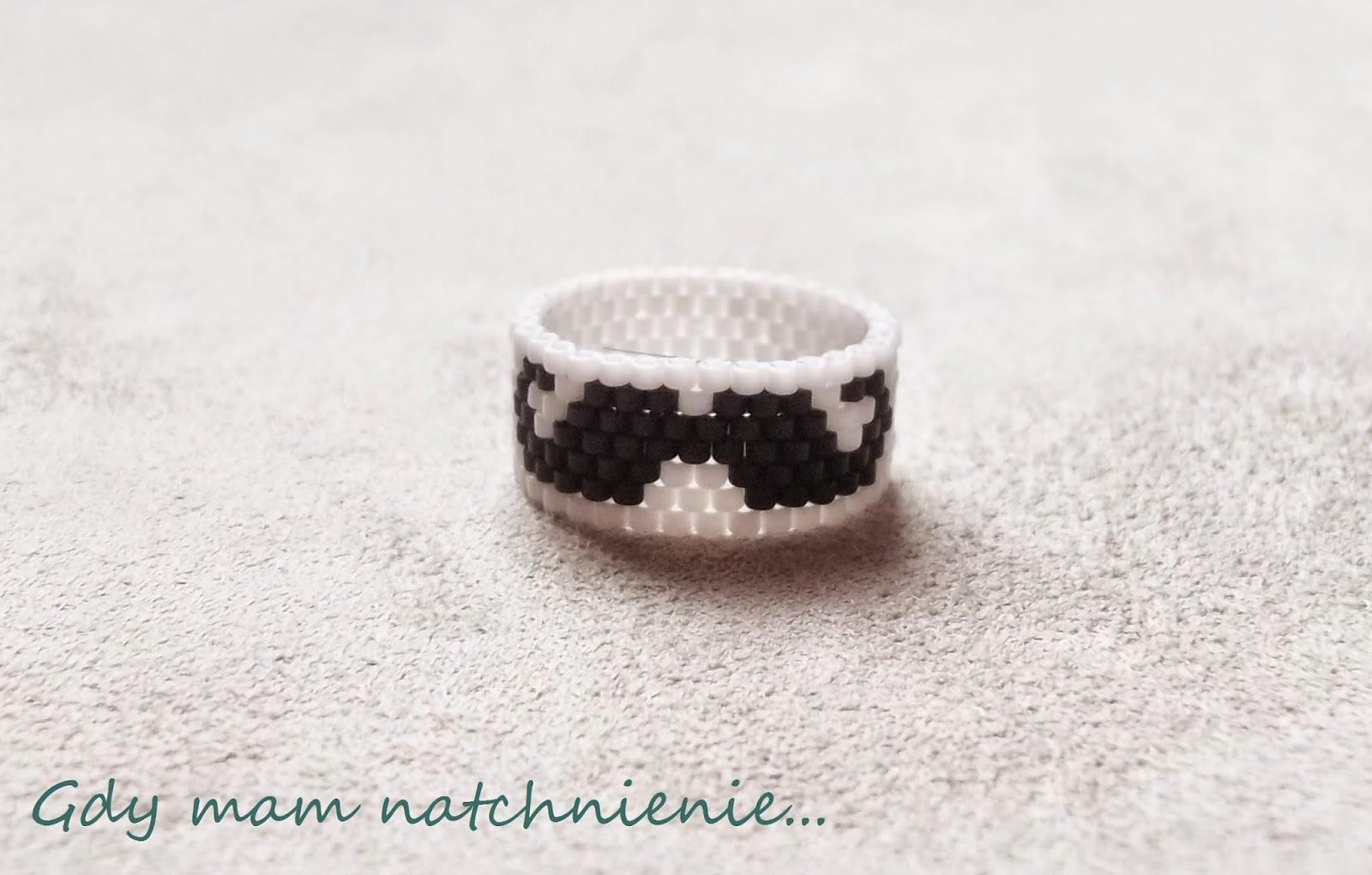 peyote ring mustache