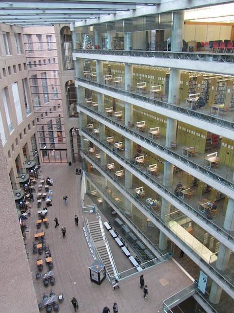 Biblioteca Central de Vancouver, Canadá